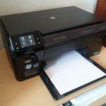 Tlačiareň neberie papier